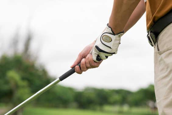 Ont i armbågen - Golfarmbåge